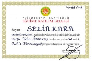 Psikolog Selin Kara